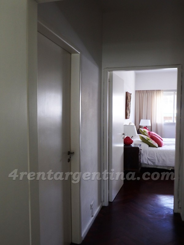 Juncal and Talcahuano: Furnished apartment in Recoleta