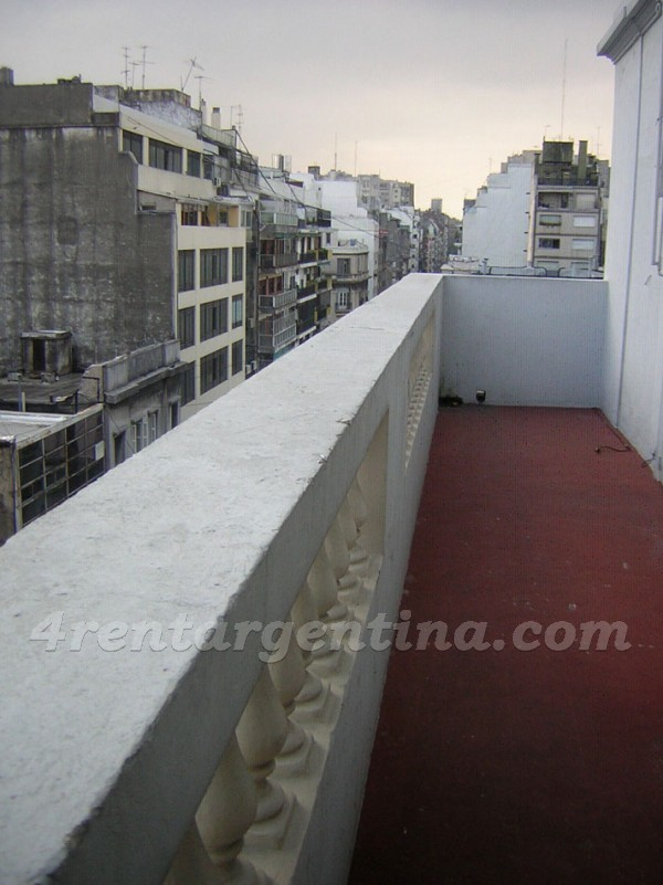 Uriburu and Corrientes: Furnished apartment in Downtown