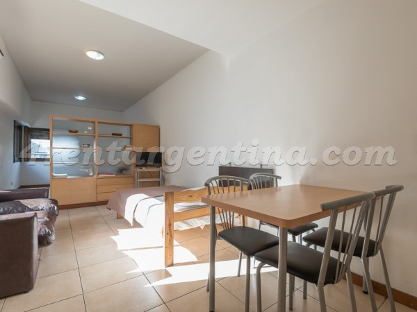 Independencia et Salta XIII: Furnished apartment in Congreso