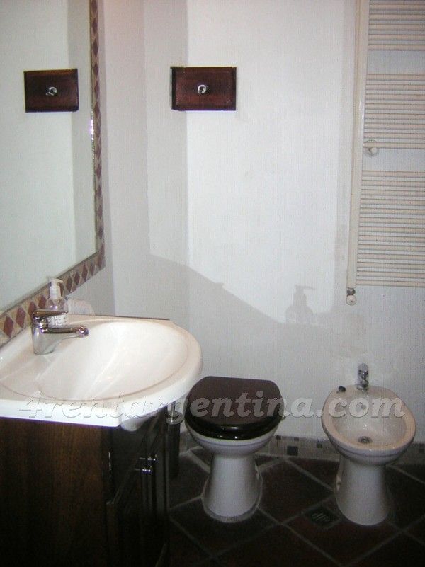 Paraguay and Larrea: Apartment for rent in Buenos Aires