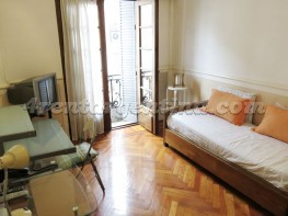 Apartamento H. Yrigoyen e Sarandi - 4rentargentina