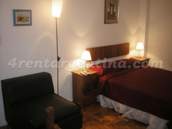 Corrientes and Florida, apartment fully equipped
