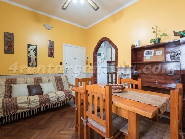 Estados Unidos and Balcarce: Furnished apartment in San Telmo