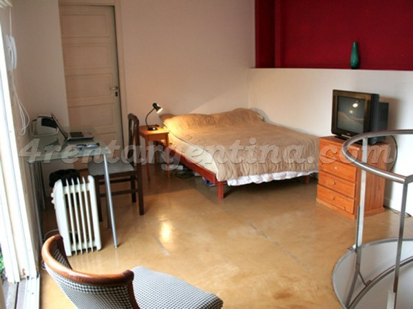 Chacabuco and San Juan: Furnished apartment in San Telmo
