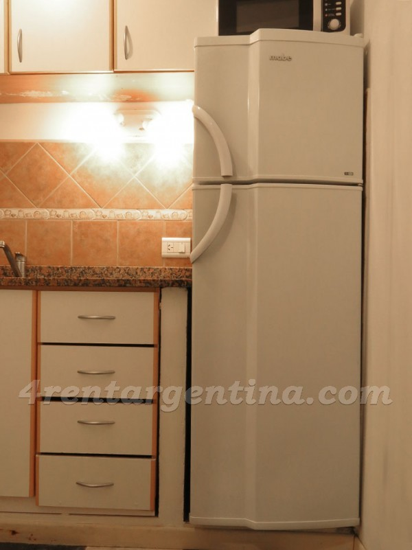 H. Yrigoyen and Piedras I: Apartment for rent in Buenos Aires
