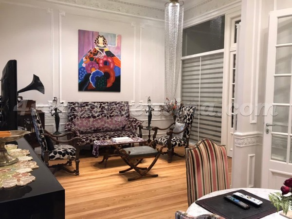 Billinghurst and Santa Fe I: Furnished apartment in Palermo