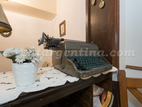 Montevideo et Corrientes: Apartment for rent in Downtown