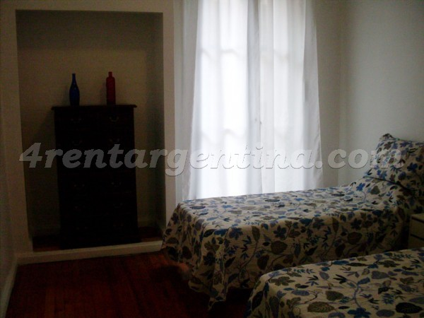 Ayacucho and Rivadavia: Furnished apartment in Congreso