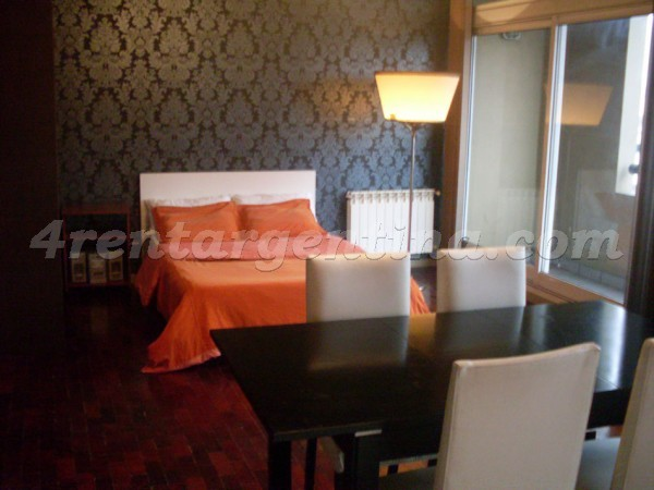 Santos Dumont and Cordoba: Furnished apartment in Colegiales