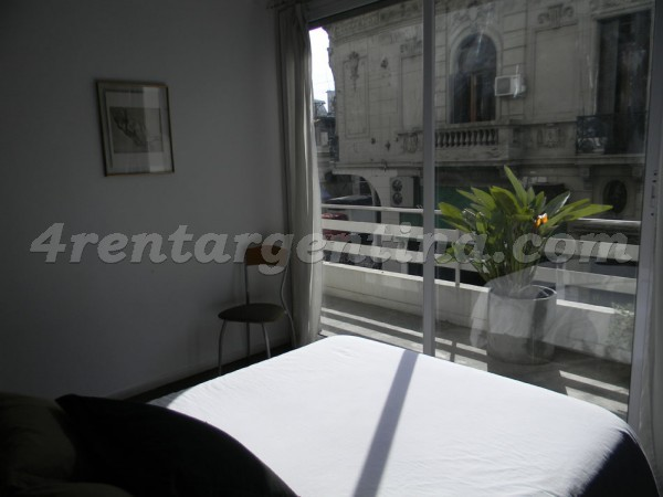 Bolivar et Carlos Calvo: Apartment for rent in Buenos Aires