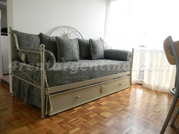 Corrientes and Maipu IV: Furnished apartment in Downtown