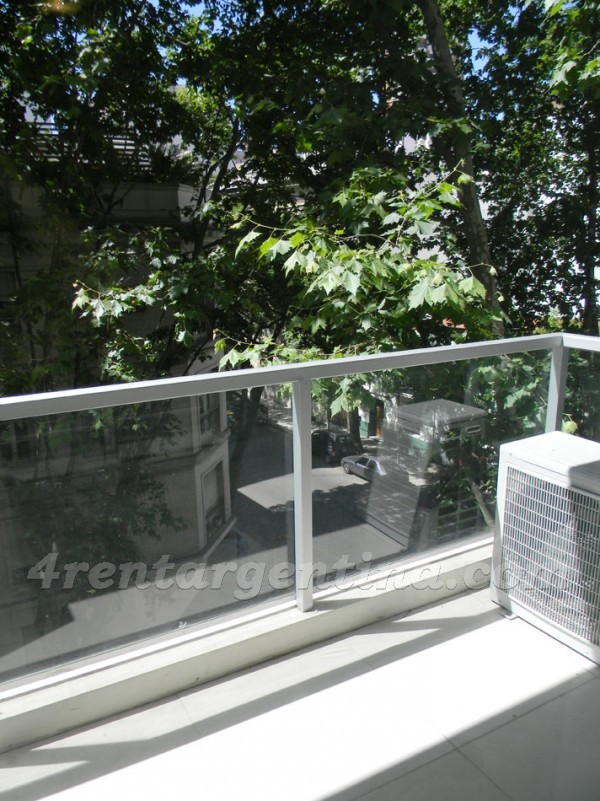 Laprida and Juncal XVII: Furnished apartment in Recoleta