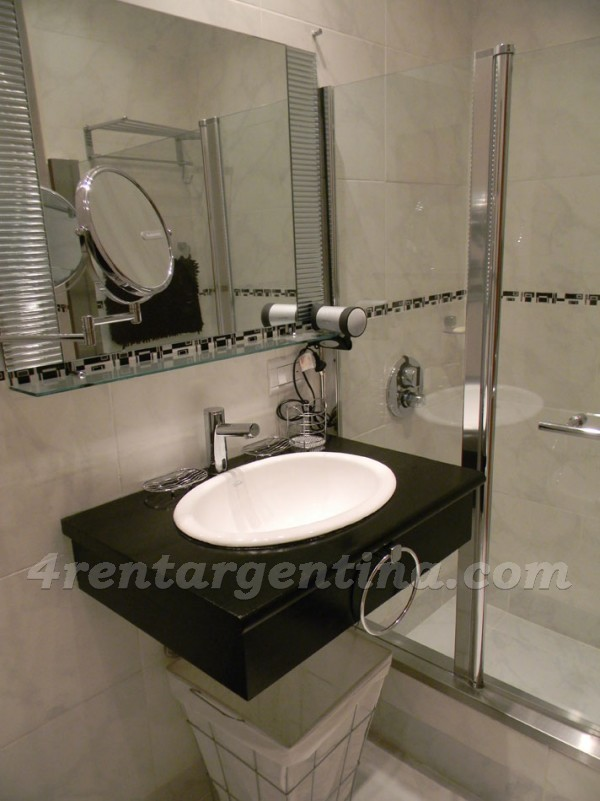 M.T. Alvear and Esmeralda III: Furnished apartment in Downtown
