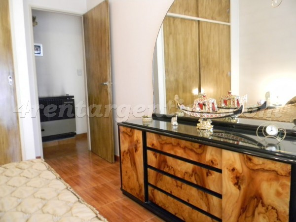 Ibera et Moldes: Furnished apartment in Belgrano