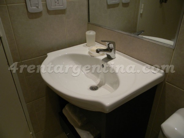 Corrientes and Jean Jaures V: Apartment for rent in Abasto