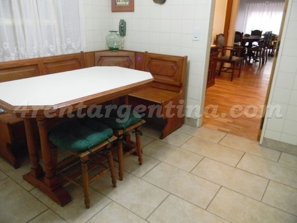 Rosario and Doblas: Furnished apartment in Caballito