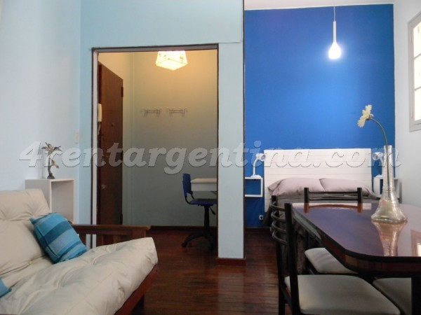 Chacabuco and Carlos Calvo: Furnished apartment in San Telmo
