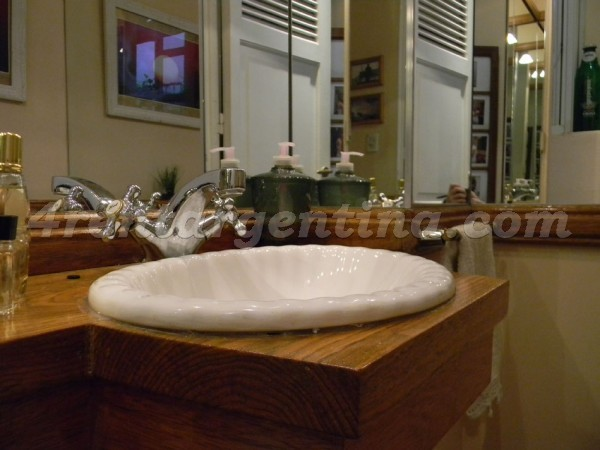 Coronel Diaz et Charcas, apartment fully equipped