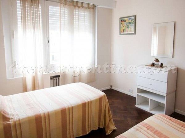 Balcarce and Moreno, apartment fully equipped