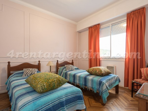 Uriburu and Juncal, apartment fully equipped
