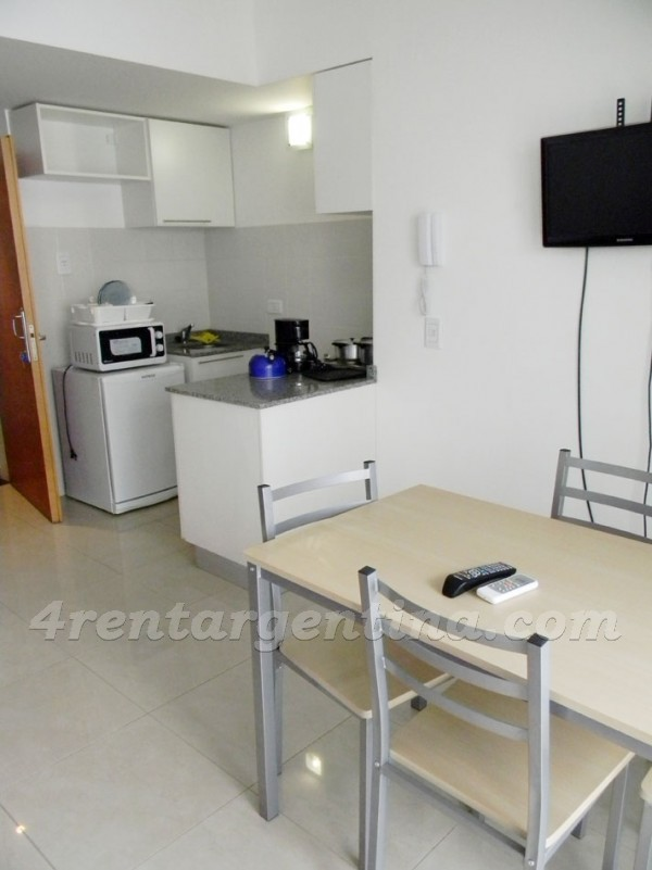 Bustamante et Guardia Vieja VII: Furnished apartment in Abasto