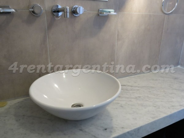 Sinclair and Cervi�o III, apartment fully equipped
