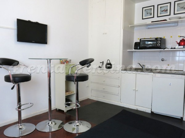 Tacuari and Independencia I: Apartment for rent in San Telmo