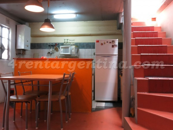 Bolivar and Estados Unidos: Furnished apartment in San Telmo