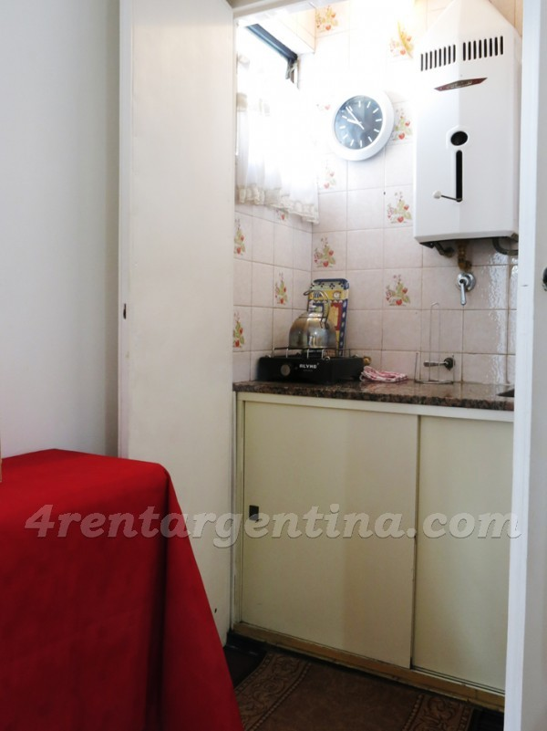 Uriburu and Rivadavia: Apartment for rent in Buenos Aires