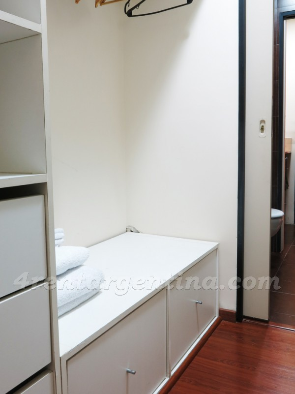 Independecia and Piedras: Furnished apartment in San Telmo