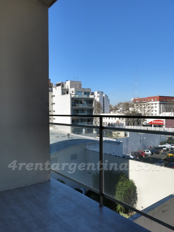 Cabrera and Acu�a de Figueroa, apartment fully equipped