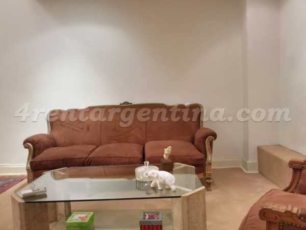 H. Yrigoyen and Piedras II, apartment fully equipped