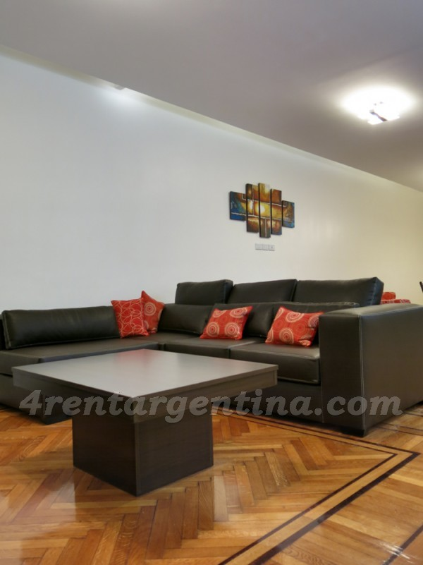 Tucuman and Pellegrini: Furnished apartment in Downtown