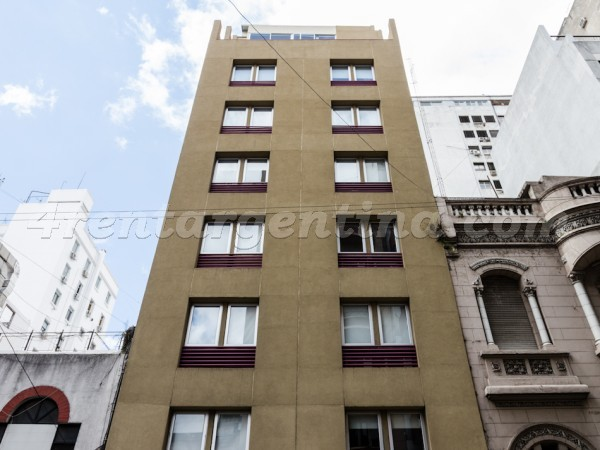 Rodriguez Pe�a et Sarmiento IV, apartment fully equipped