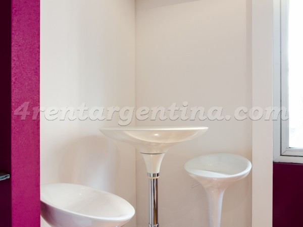 Rodriguez Pe�a and Sarmiento VII: Apartment for rent in Downtown