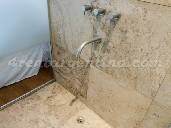 Rodriguez Pe�a and Sarmiento XVII, apartment fully equipped
