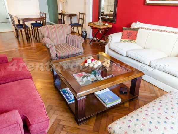 Tucuman and Rodriguez Pe�a, apartment fully equipped
