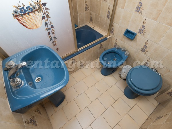 Corrientes and Yatay, apartment fully equipped