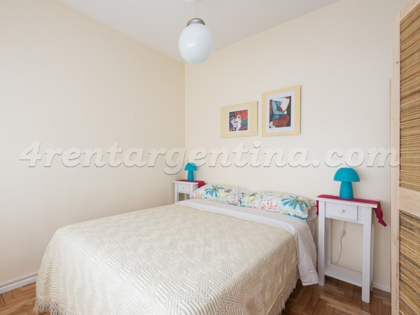 Chacabuco and Estados Unidos I: Furnished apartment in San Telmo