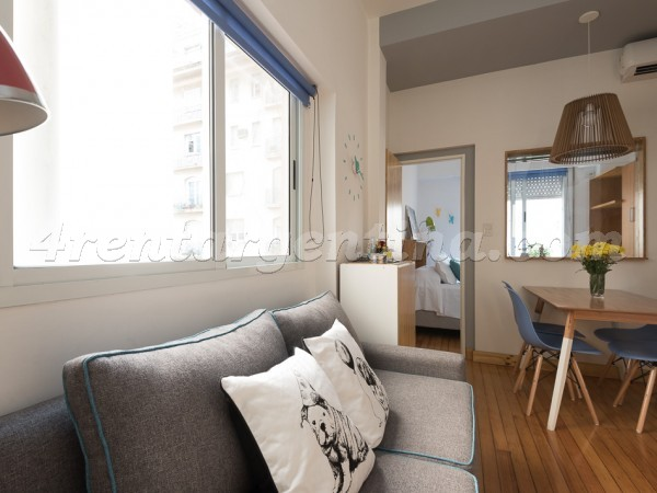 Viamonte and Carlos Pellegrini: Furnished apartment in Downtown