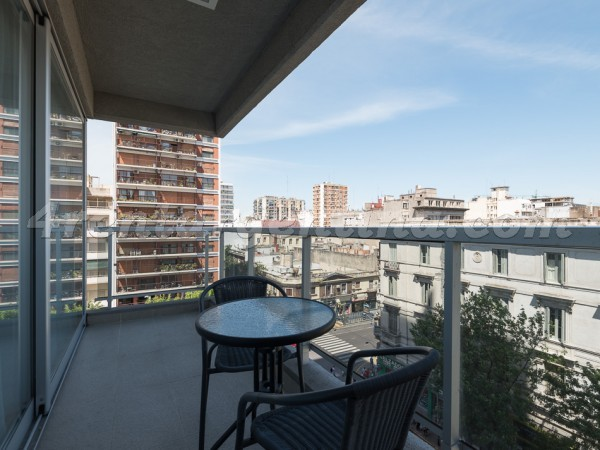 Azcuenaga and Rivadavia II: Furnished apartment in Congreso