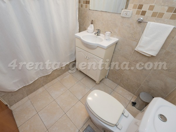 Corrientes and Lambare II: Furnished apartment in Almagro