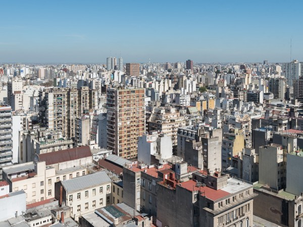 Azcuenaga and Rivadavia III: Apartment for rent in Congreso