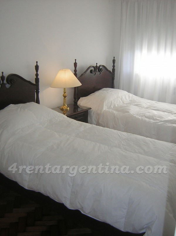 Lavalle and Montevideo, apartment fully equipped