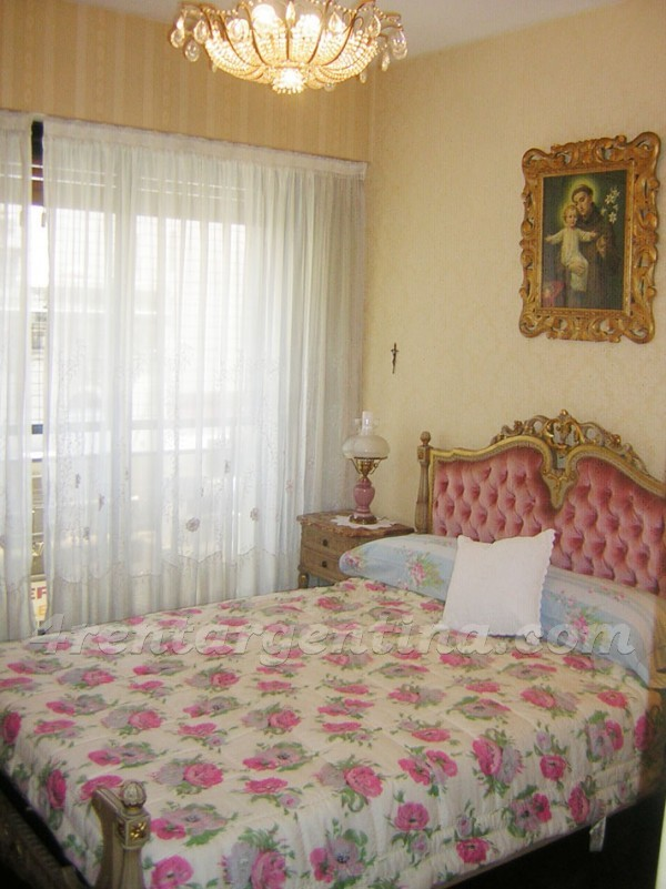 Billinghurst and Cordoba III: Furnished apartment in Palermo