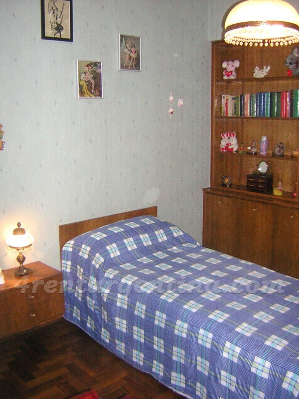 Billinghurst et Cordoba III: Furnished apartment in Palermo